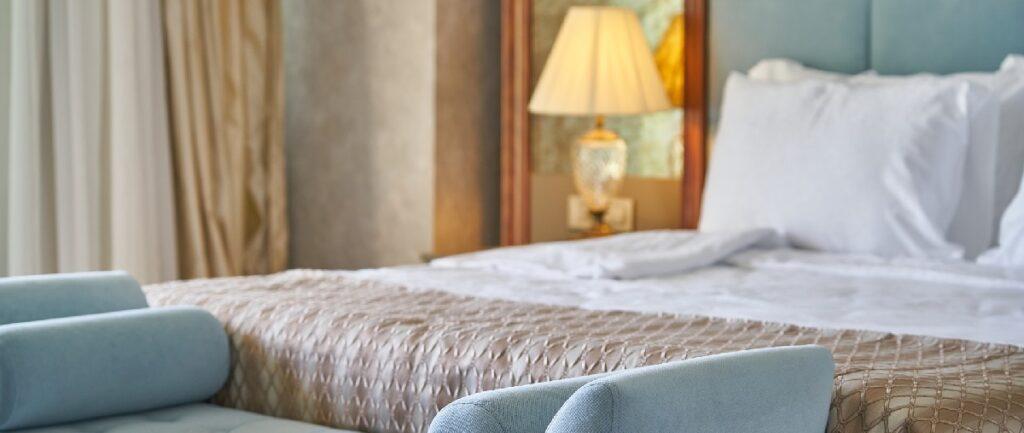 Limpieza y desinfección de colchonesen los hoteles